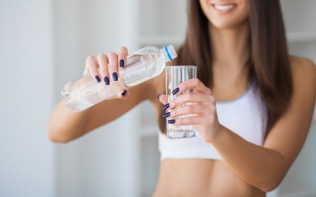 Hydrate your body and 5 summer beauty tips for a glowing skin