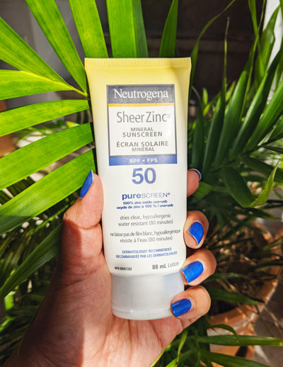 Neutrogena Sheer Zinc sunscreen to protect your skin from sun damage by A Stellar You Montreal Lifestyle Blogger
