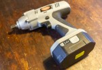 古い電動工具の廃番バッテリーを再生してみた