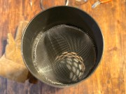 100均素材で製作する薪ストーブ用スパークアレスター