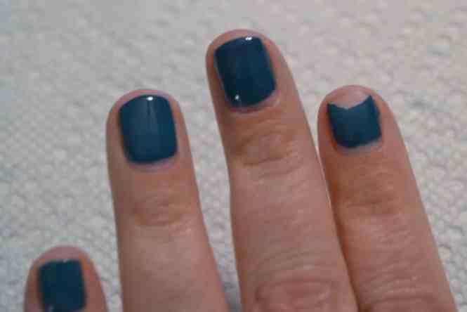 Image Led Remove Gel Nails Step 4