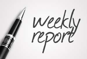 """A pen sits next to the words """"Weekly Reports"""" representing that patient aging reports should be printed weekly in the dental office."""