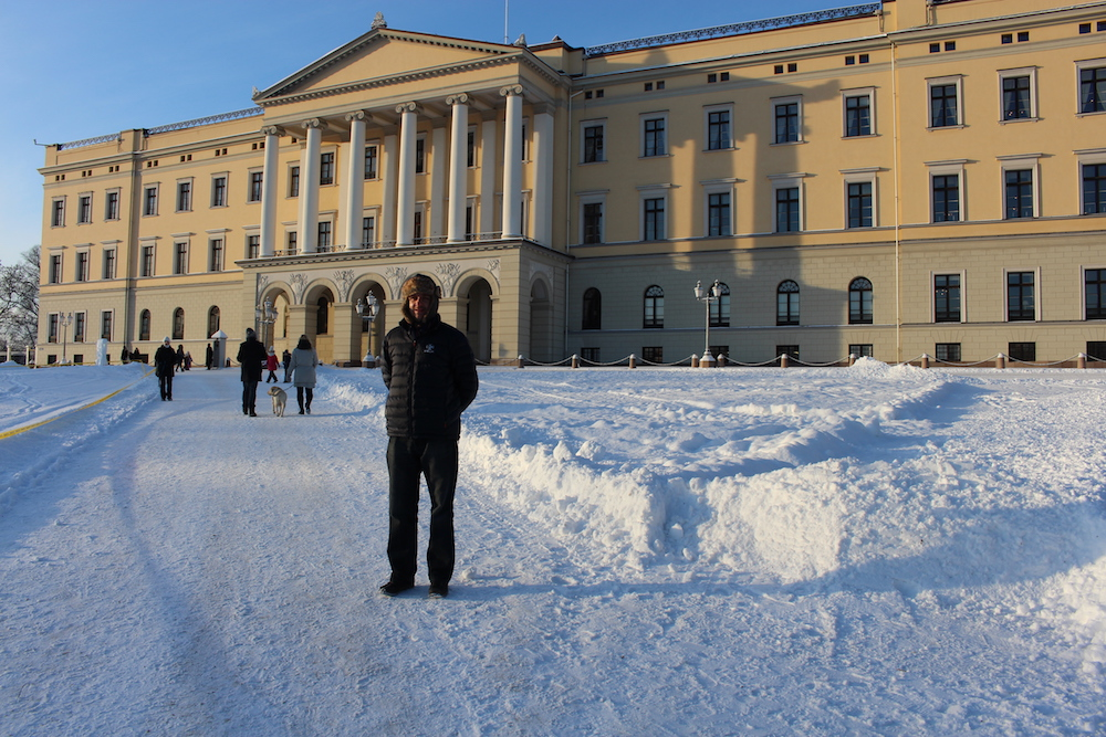 A weekend in Oslo - Oslo Royal Palace in the snow
