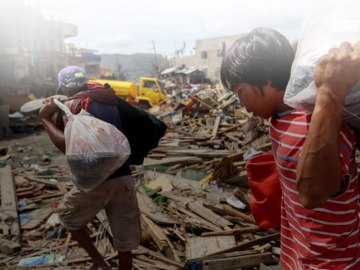 Sagip Kapamilya Yolanda Leyte photo by ABS-CBN