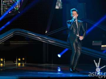 Team Bamboo's Juan Karlos (Power Ballad performance)