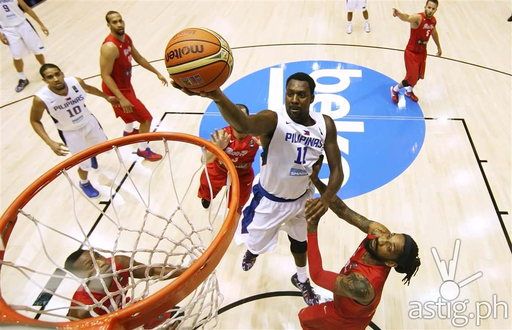 Andray Blatche landing a slam dunk Philippines vs Puerto Rico 2014 FIBA Basketball World Cup (FIBA.COM)