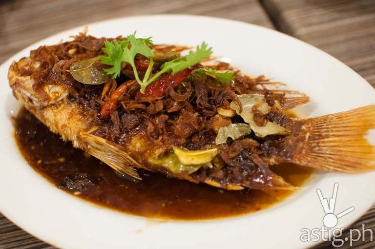 King Fish in 5 kind herbs (365 PHP) - Sweet Chili Thai Restaurant
