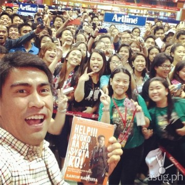 "Ramon Bautista at the launching of his book entitled ""Help!!! Ayoko na sa Syota Ko!"""