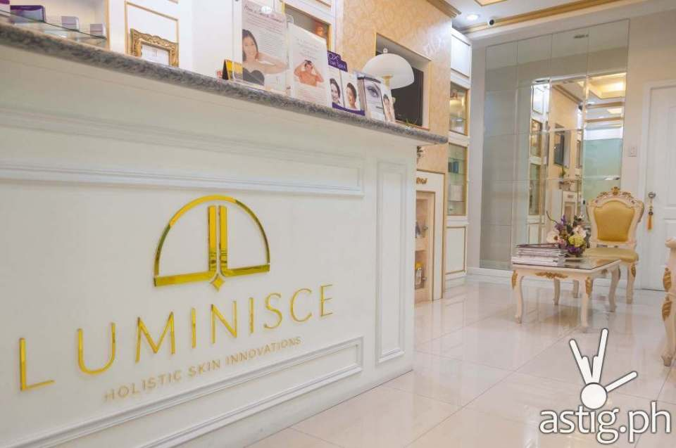On the inside, Luminisce looks really comfortable and relaxing - a great place to be pampered