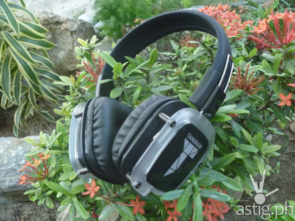 Tangram silent disco headphones
