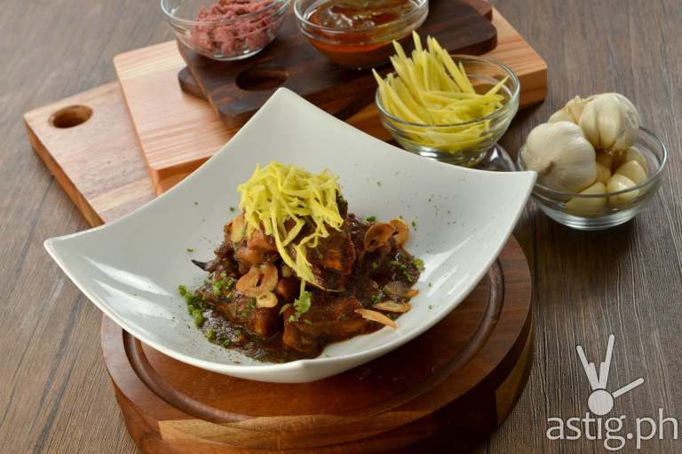 Adobo sa Mangga at The Round Table Kapitolyo, Pasig