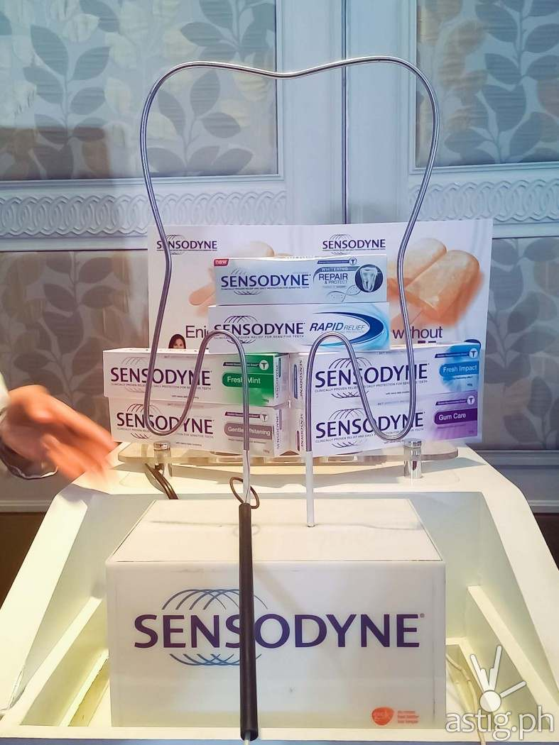 Sendsodyne toothpaste whitens, repairs, and protects teeth