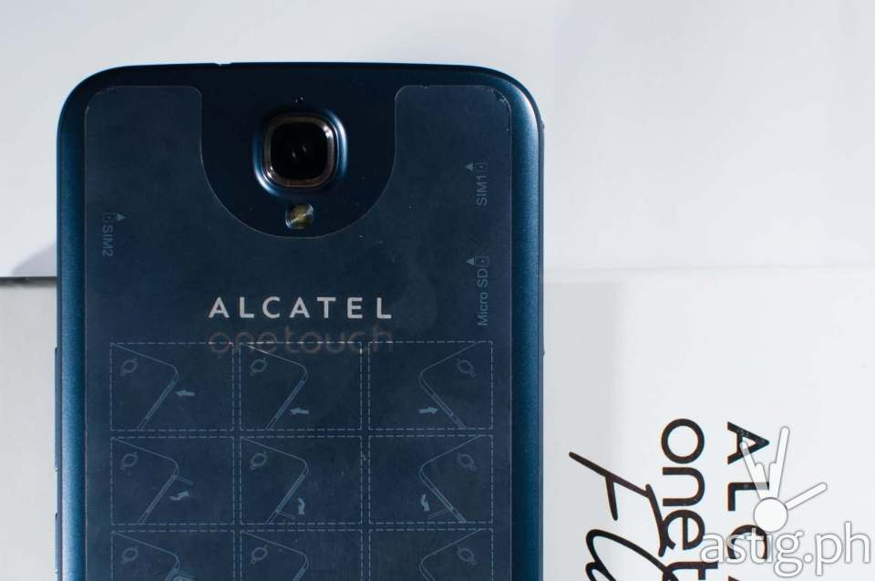 The Alcatel ONETOUCH Flash Plus comes with a 13 MP rear camera with LED flash and an 8 MP front camera