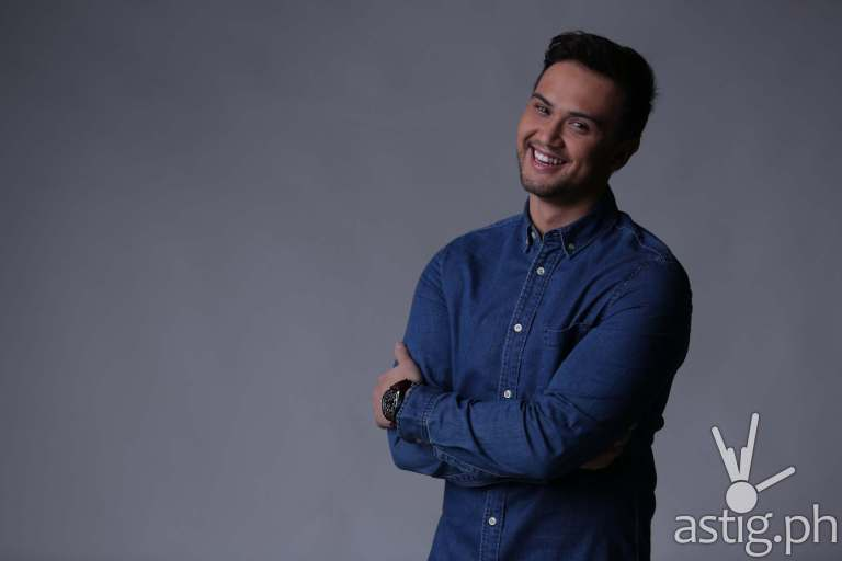 Billy Crawford to host