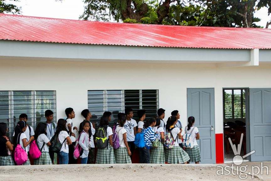 Grade 10 students of Severo High School getting excited for the new Philam Paaralan classroom.