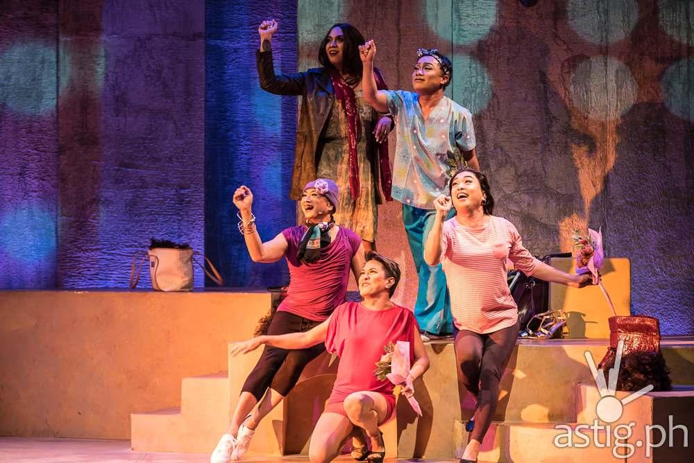 Care Divas by PETA Theater (photo: Raffy Yllana)