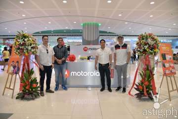 Motorola kiosk SM Mall of Asia