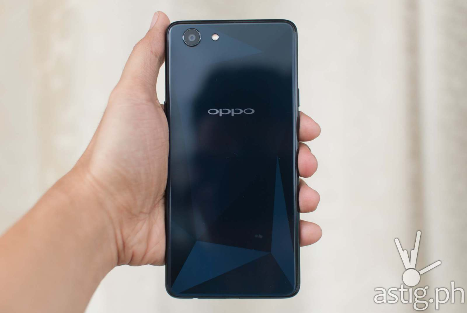 OPPO F7 Youth back