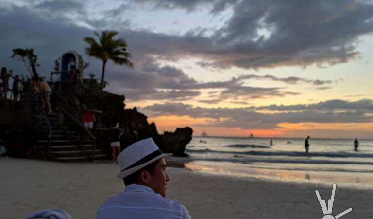 15 unbelievable photos of Boracay's re-opening taken with just a smartphone