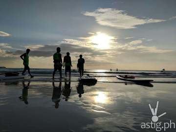 Silhouette - Boracay Philippines re-opening smartphone photo taken on an ASUS ZenFone 5 by Den Uy of TechKuya