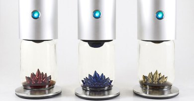 The First Fully Automatic Ferrofluid Sculpture Display