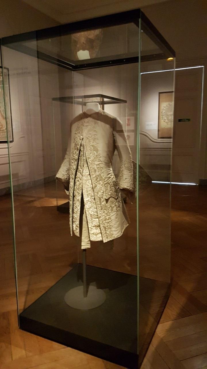Musée Des Arts Décoratifs Lyon : musée, décoratifs, Musée, Tissus, Décoratifs,, Astitchornine