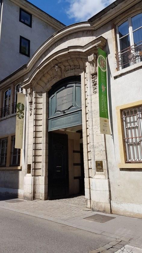 hôtels à Musée des Tissus et des Arts Décoratifs