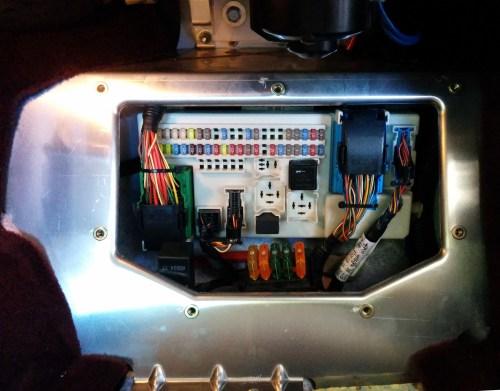 small resolution of accessing the cabin fuse box on an aston martin db9 aston 1936 cabin fuse box evo