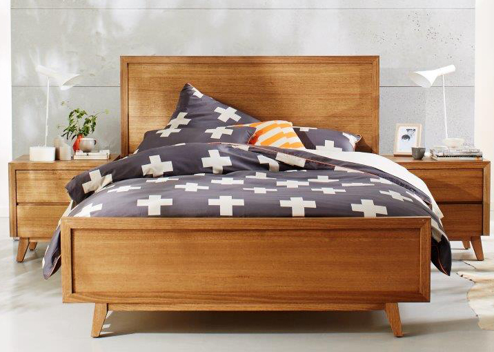 Retro bed.jpg