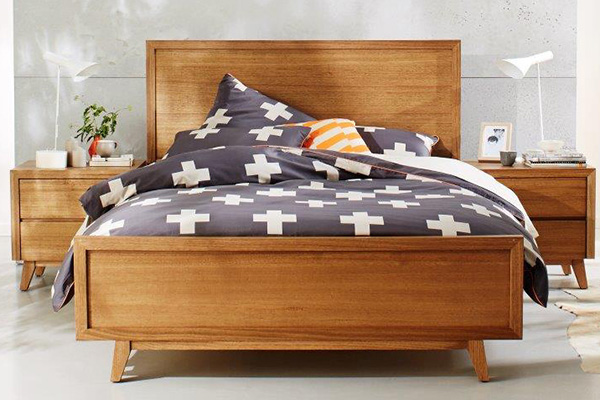 Retro Tasmanian Oak Bedroom Suite by Astra Furniture