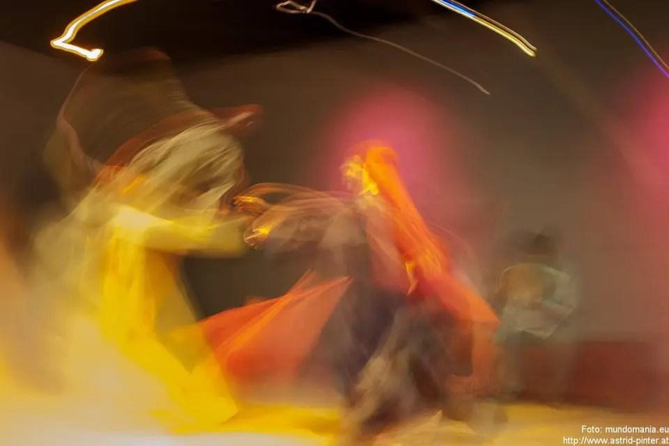 Tanz zu Dir Selbst - Fortbildungslehrgang für Leiterinnen von bewegten Frauengruppen