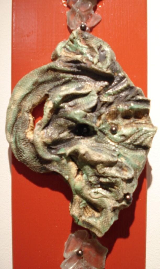 Seafragments (wandobject), Gemengde techniek: Keramiek, antiek Djokjazilver, parels, glas, koperornament, 100 x 15 x 1 cm, 2008, VERKOCHT