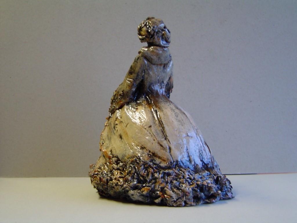 Noblesse, gemengde techniek (keramiek, engobes, oxydes), 30 x 15 x 20 cm, 2006