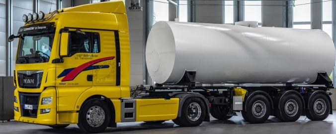 Der Wärmespeicher lässt sich per LKW transportieren