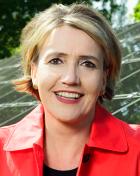 Simone Peter sieht im Gebäudesektor viel Potenzial für heimische Wertschöpfung