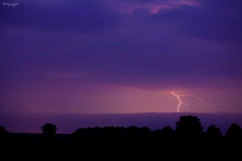 Nadchodzi burza....