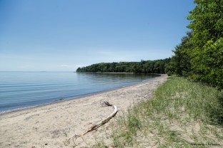 Pancake Bay-3km of sand beaches