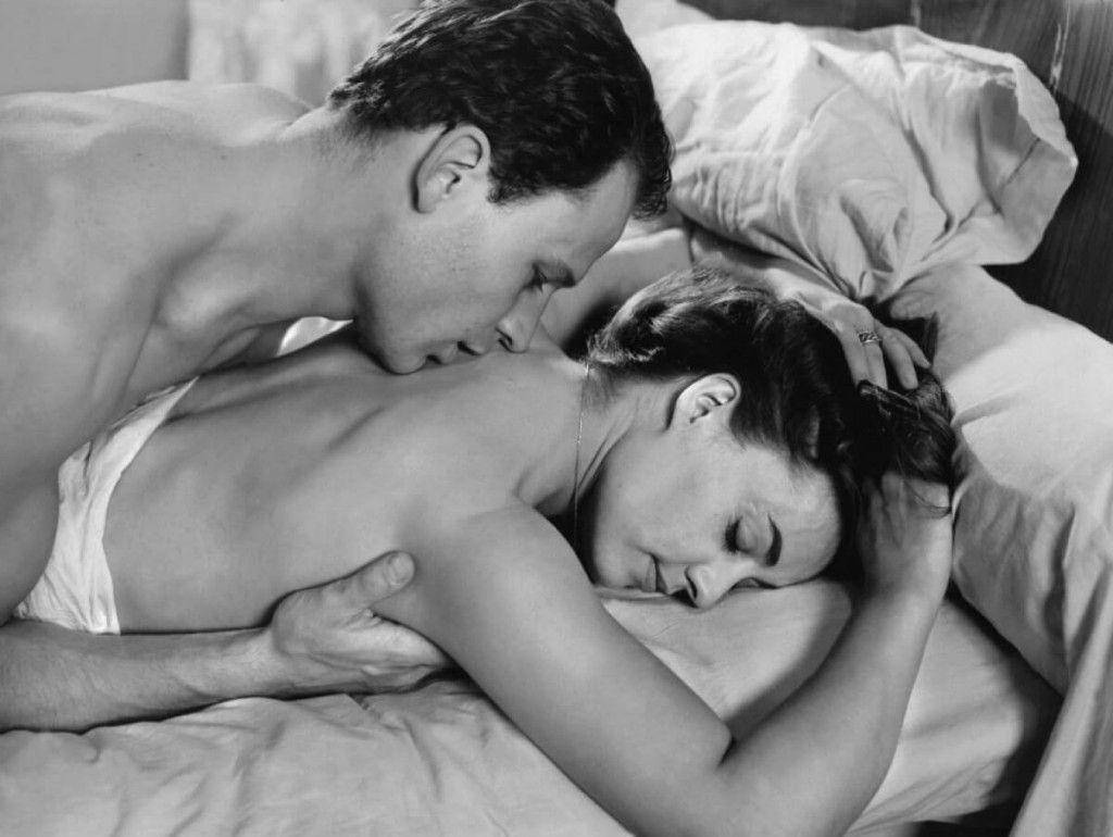 мамаши интимный секс смотреть фото жили трехкомнатной