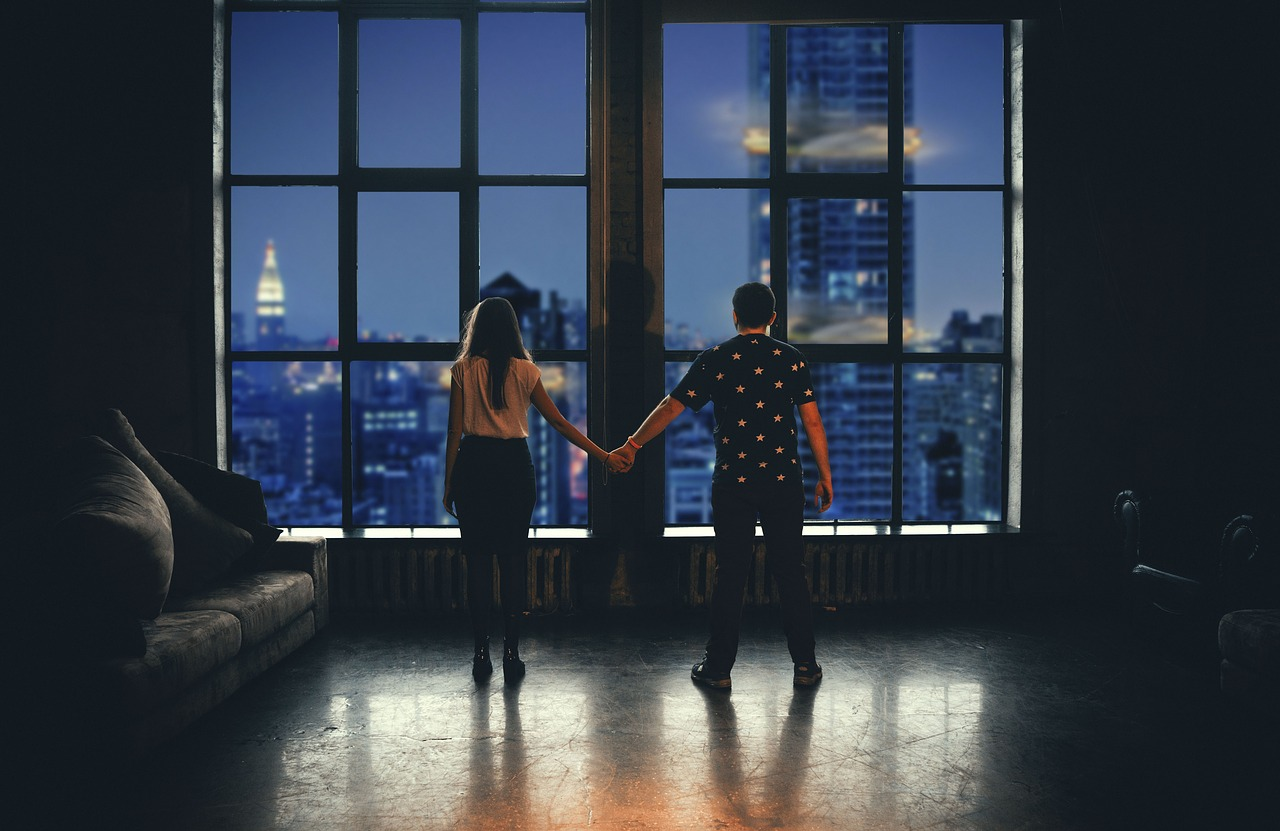 6 Reasons Why INTJ and INTP Fall In Love