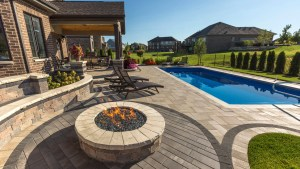 Unilock Umbriano Paver Patio With Brussels Dimensional