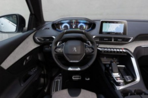 Painel frontal Peugeot 3008 GT HYBRID4