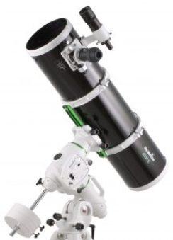 Télescope Sky-Watcher Newton 200mm f/5 sur monture équatoriale EQ6-R Pro GoTo