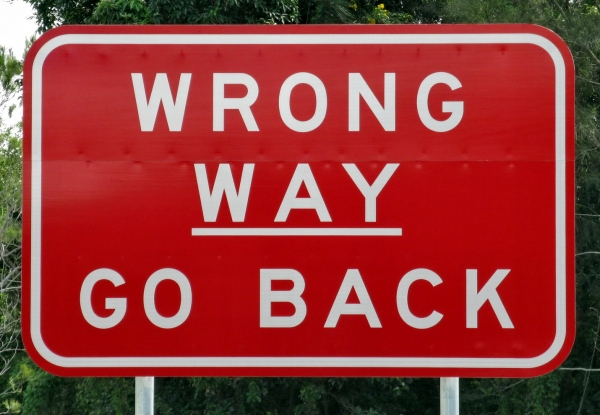road signs_4a685c342c593