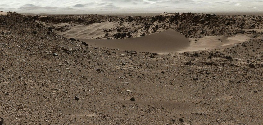 Dingo_Gap_cratera_Gale_MastCam_Curiosity_280114
