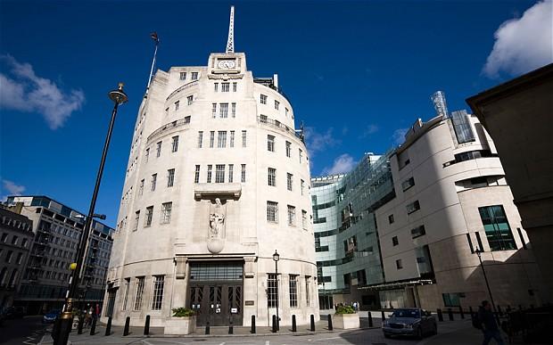 Sede da BBC em Portland Place, Londres. Crédito: ALAMY