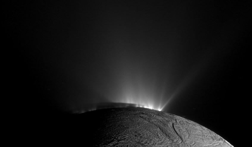 Crédito: Cassini Imaging Team, SSI, JPL, ESA, NASA