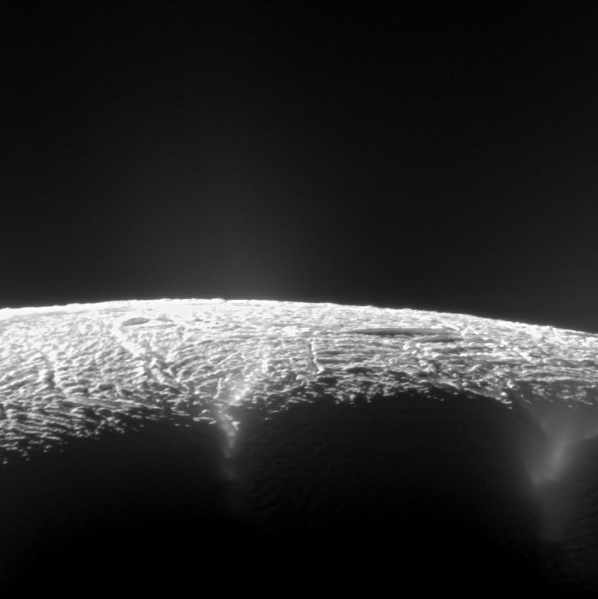 polo_sul_Encelado_NAC_ISS_Cassini_130810