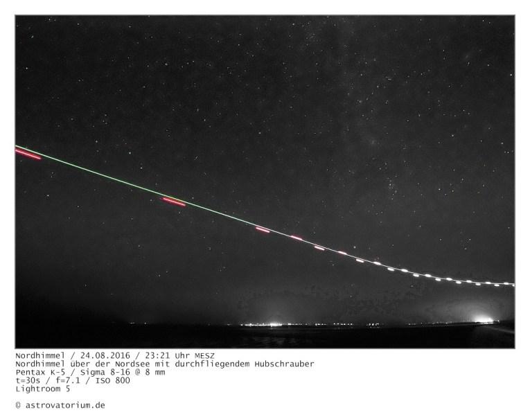 Nordhimmel mit Hubschrauber