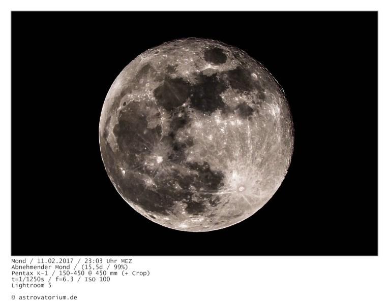 Abnehmender Mond nach der Halbschattenfinsternis