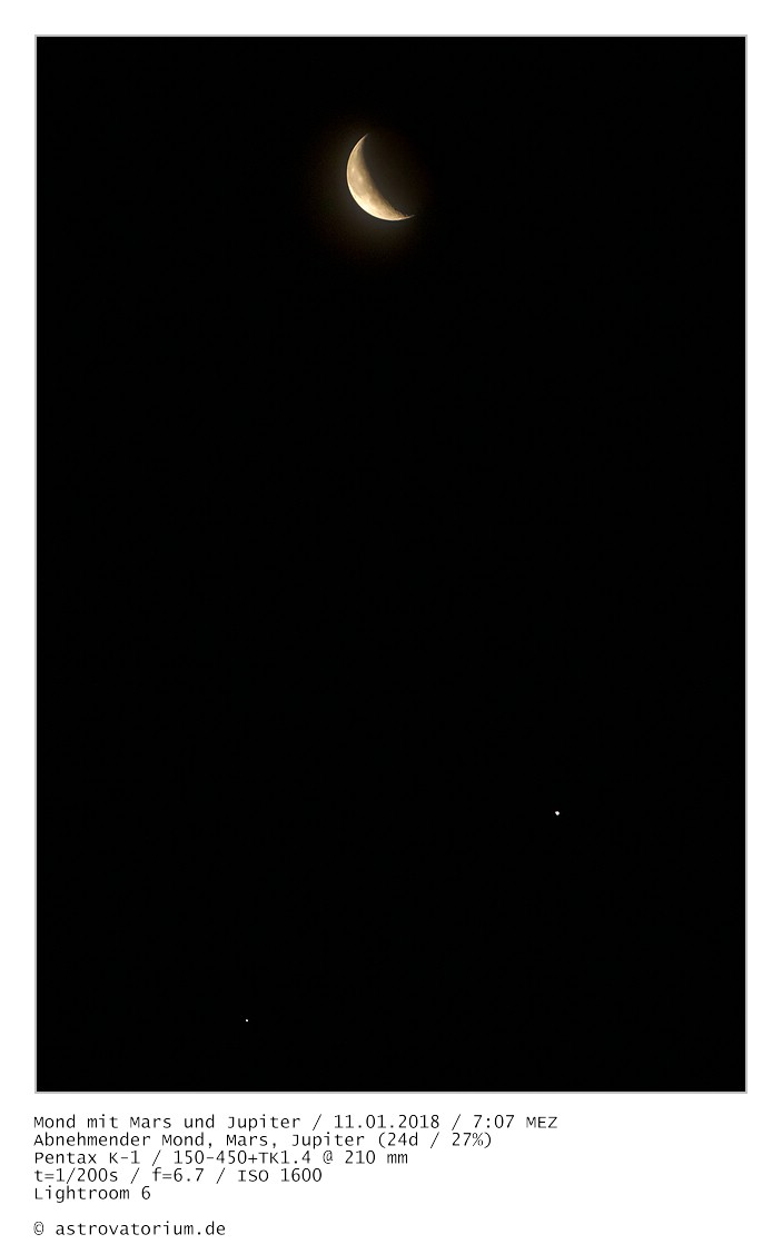 Abnehmender Mond mit Mars und Jupiter